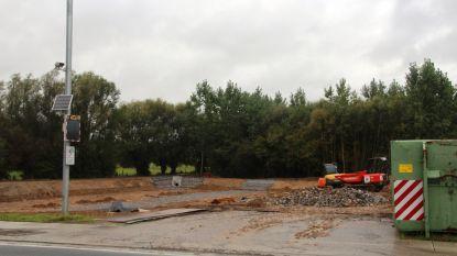 Wateroverlast langs Molenbeek bijna verleden tijd: eerste bufferbekkens met capaciteit van 45.000 kubieke meter naderen voltooiing