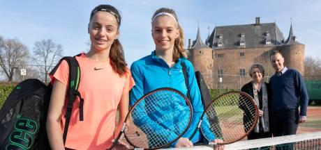 Maasdriel huldigt tenniskampioen Florentine Dekkers