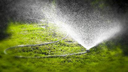 Maatregelen tegen droogte in Oost- en West-Vlaanderen: gazon sproeien mag alleen tussen 20 en 8 uur