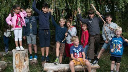 170 leerlingen Broederschool Driegaaien planten vrijdag 3.000 bomen aan