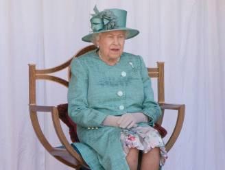Geen parade, geen groet op het balkon: verjaardag Queen Elizabeth nooit eerder zo sober gevierd