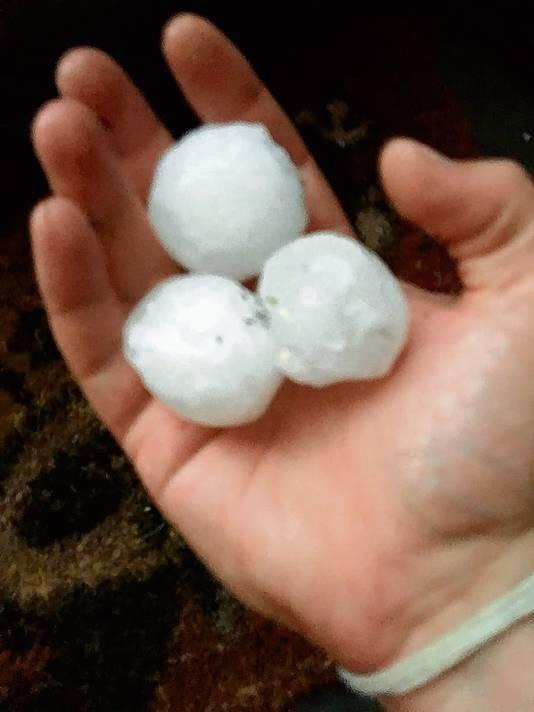 Hagelstenen zo groot als golfballen vallen nu soms uit de lucht. Een gevolg van de klimmaatveranderingen die gaande zijn.