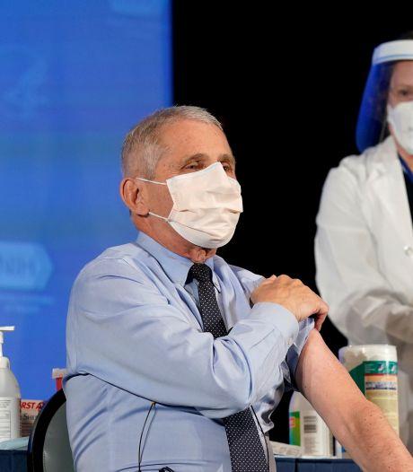 """Cent millions de doses aux États-Unis en 100 jours, """"faisable"""" selon le Dr Fauci"""