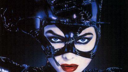 Michelle Pfeiffer haalt haar 'Catwoman'-zweep nog eens boven