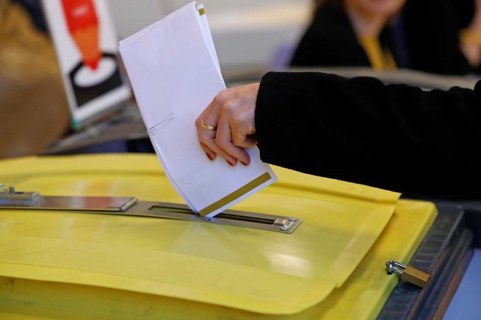 Stemmen voor de Provinciale Statenverkiezingen en het Waterschap, foto ter illustratie.