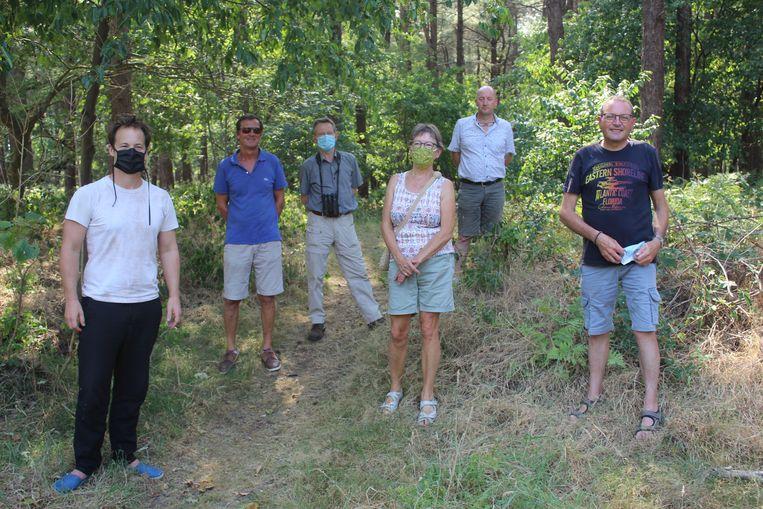 Een delegatie van Natuurpunt en het stadsbestuur brachten woensdag een bezoekje aan het Waaibos.