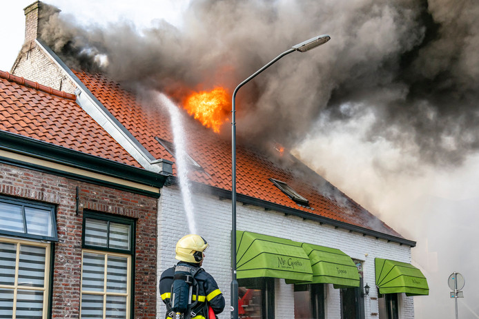 Brand in pand Me Gusta Oosterhout