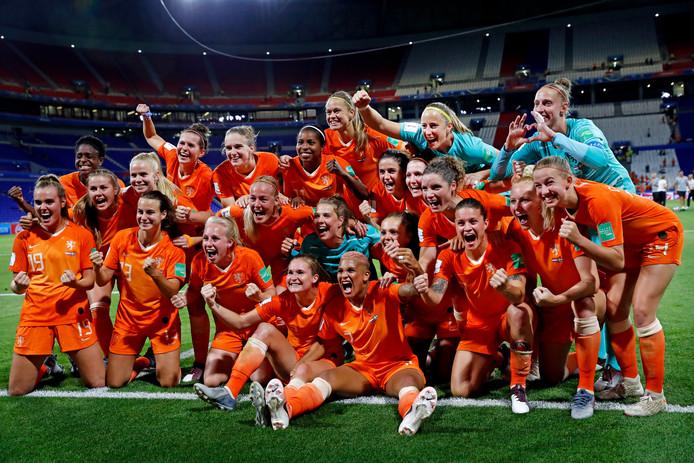 De eerste WK-finale is een feit voor de vrouwen, 45 jaar na de Nederlandse mannen.