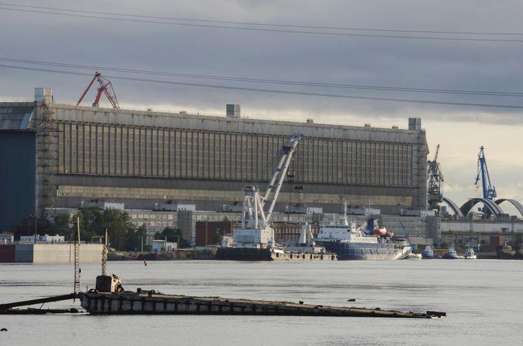 De drie diplomaten werden gearresteerd nabij de havenstad Severodvinsk.
