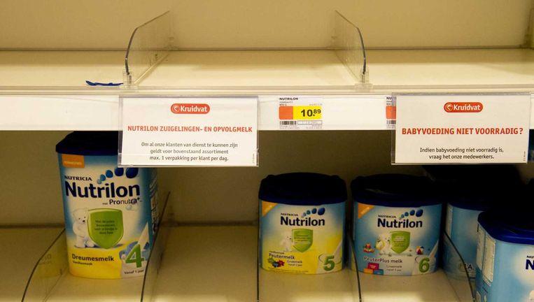 Archiefbeeld van 2013. Toen was er in Nederland ook een serieus tekort aan babymelkpoeder, door een enorme vraag vanuit China.