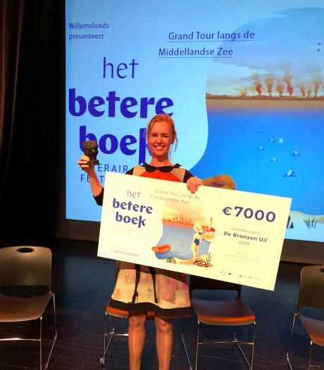 Schrijfster Annemarie Haverkamp wint Bronzen Uil voor beste Nederlandstalige debuut