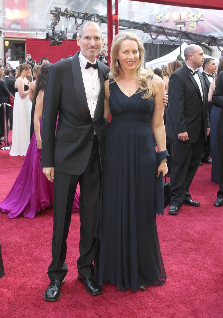 Steve Jobs en zijn tweede echtgenote Laurene Powell in 2010, een jaar voor zijn dood.