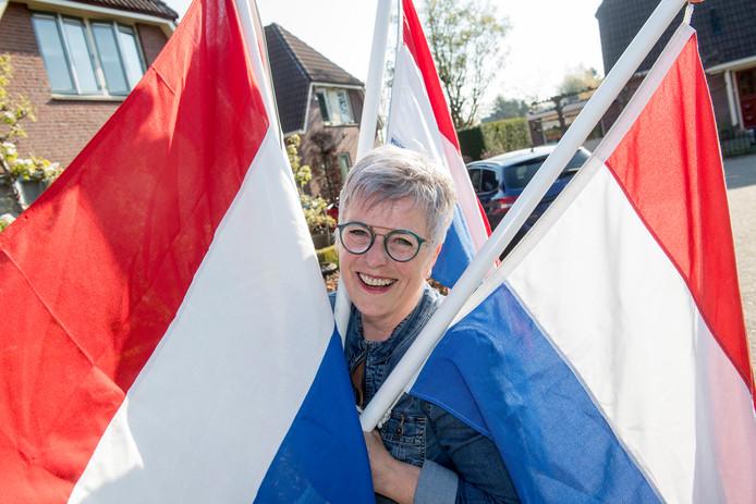 Marja Roelofsen (59) is sinds vijftien jaar bestuurslid van buurtvereniging Oud-Juliana-Veen in Lienden.