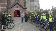 Pastoor Ludo zegent de Poperingsche Flandriens