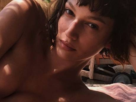 "Ursula Corbero (""La Casa de Papel"") topless sur Instagram"