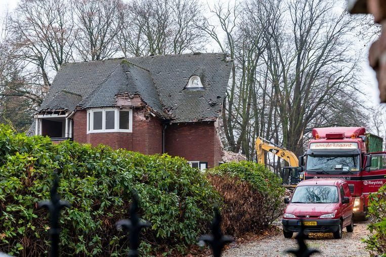 De villa van Guus Meeuwis in Tilburg wordt gesloopt.