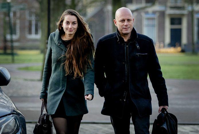 Advocaten Robert Snorn en Jana Andonovski van hoofdverdachte Gerrit-Jan van D. komen aan bij de rechtbank.