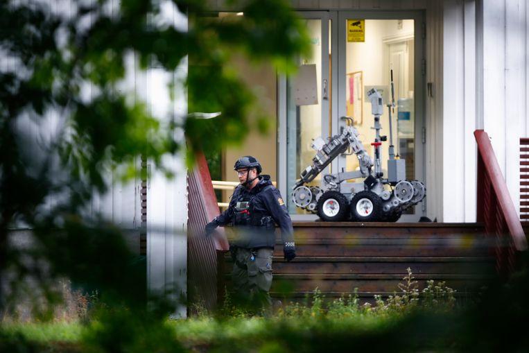 Een Noorse politieman heeft een robot in de moskee geïnstalleerd om de situatie te verkennen. Beeld EPA