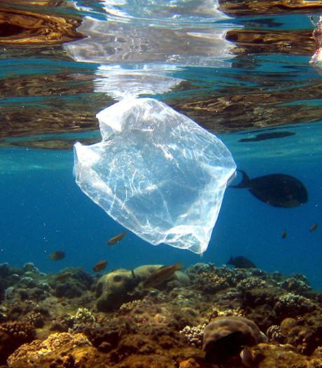 Plastic soep is een armoedeprobleem