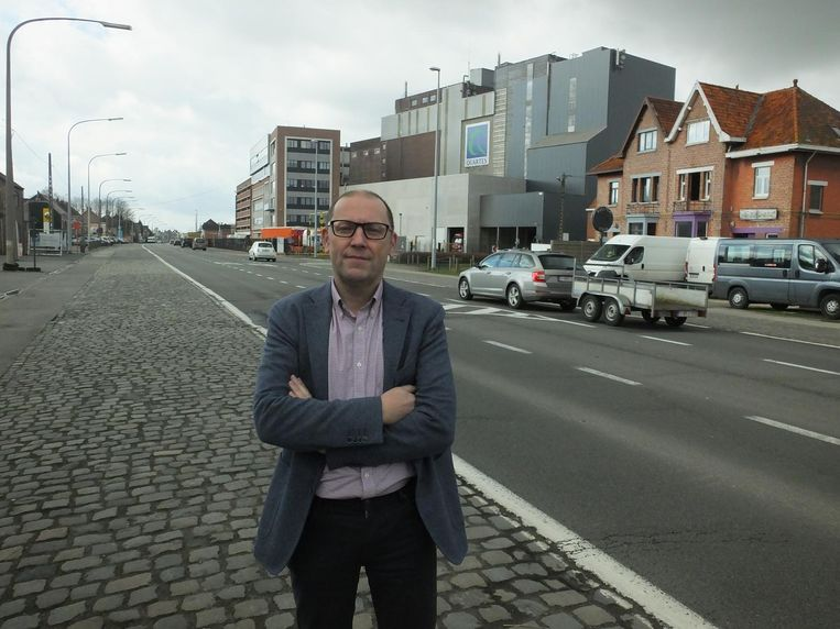 Unizo-voorzitter Bart Vermaercke aan de N43.