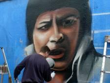Graffiti-artiesten versieren Kadetunnel voor 750 jaar Roosendaal met iconen