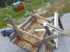Vernielingen aangericht in speeltuin in Oud-Vossemeer