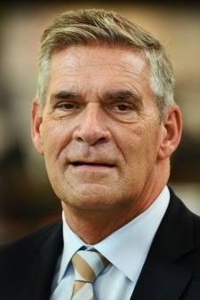 Burgemeester Naafs van Utrechtse Heuvelrug weer thuis uit het ziekenhuis na coronabesmetting