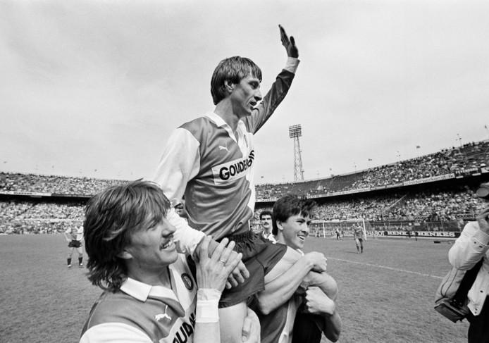 De laatste wedstrijd van Johan Cruijff bij Feyenoord.