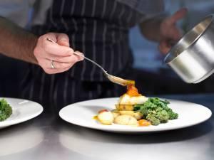 Les restaurateurs français pourront désormais dîner à moindre frais dans leur propre établissement