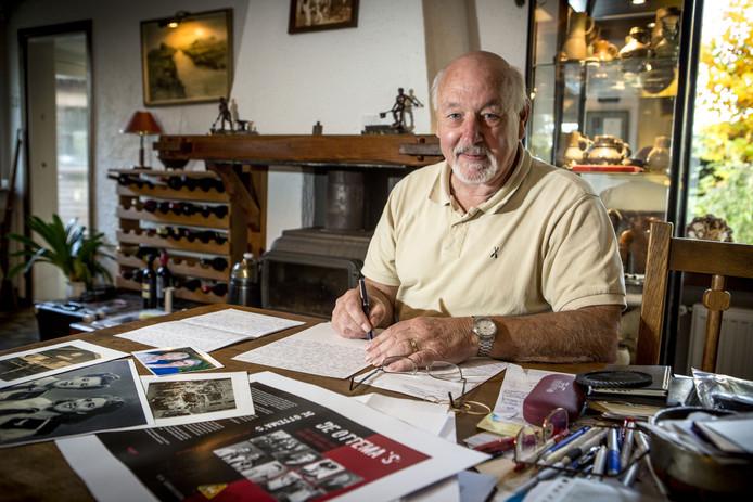 Coen Cornelissen heeft inmiddels negen boeken op zijn naam staan. Hij ontvangt vandaag vanwege zijn verdiensten de Mans Kapbaargprijs.
