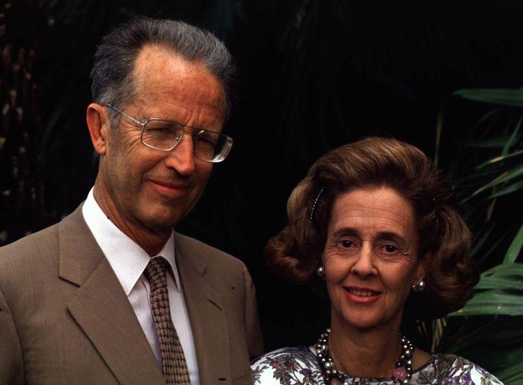 """Koning Boudewijn en koningin Fabiola. """"Enkele maanden voor de 'mini-koningskwestie' rond de abortuswet ging het vorstenpaar in Italië hun huwelijksgeloften hernieuwen en er de steun van de Moeder Gods af te smeken inzake hun kinderwens"""", zo herinnert onze politieke analist Luc Van der Kelen zich."""