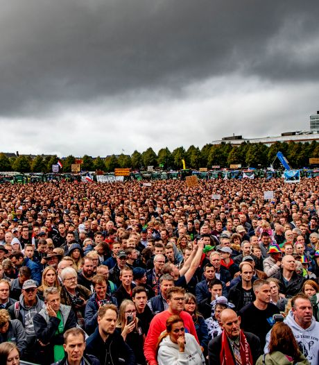 Den Haag doorziet trucje van demonstranten: 'Ze proberen coronaregels te omzeilen'