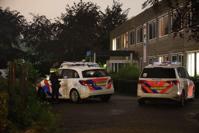 Gewonde bij steekincident op de Altenaweg in Waalwijk.
