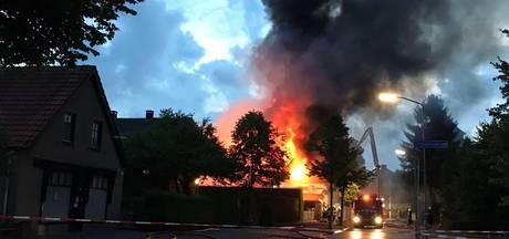 Ewijks café deels gesloopt wegens instortingsgevaar na brand