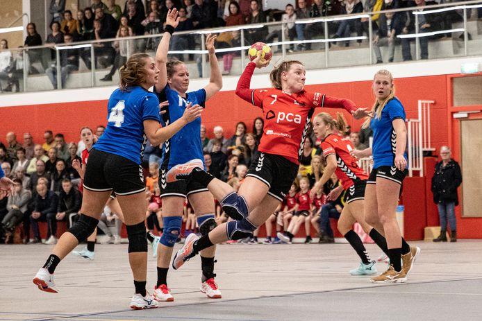 Kwiek (rode shirts) kan zich zaterdag officieus tot kampioen kronen.