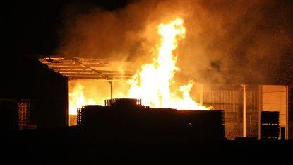 Voor tweede keer brandstichting aan palettenbedrijf