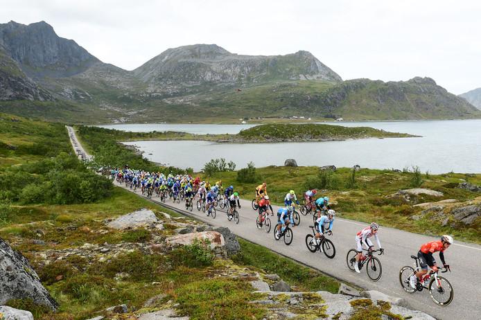 Het peloton onderweg in Arctic Race of Norway van vorig jaar.