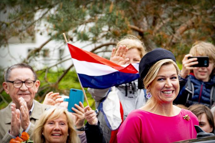 Koning en koningin bezoeken imposant Duits slot | Show | AD.nl