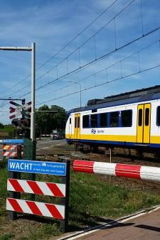 Over week 'schuine overweg' in Elst weg