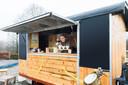 Voorzitter Anne Mutsters van Bij Anna in de Pipowagen die bij de assortimentstuin dienstdeed als horeca-voorziening. Bij Anna wil graag een Thee- en Koffiehuis met sanitair.