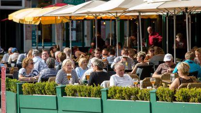 """Brugge denkt aan limiet op horeca in binnenstad: """"We moeten diversiteit in het straatbeeld behouden"""""""