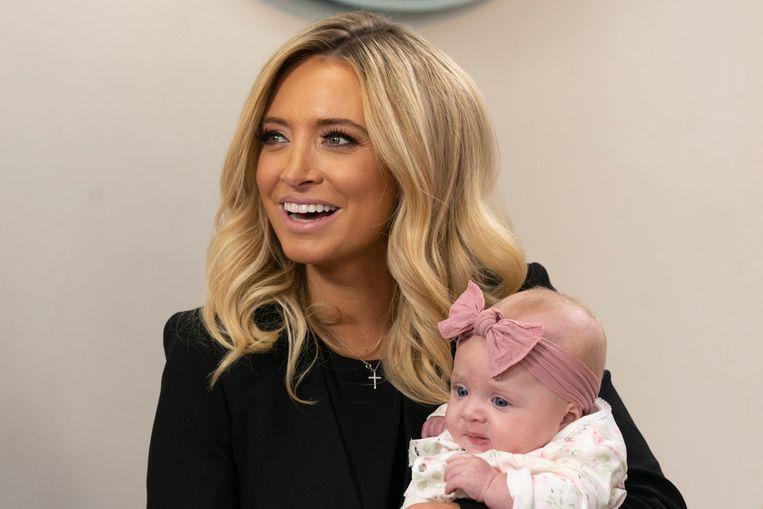 Kayleigh McEnany met haar baby Blake Avery Gilmartin.