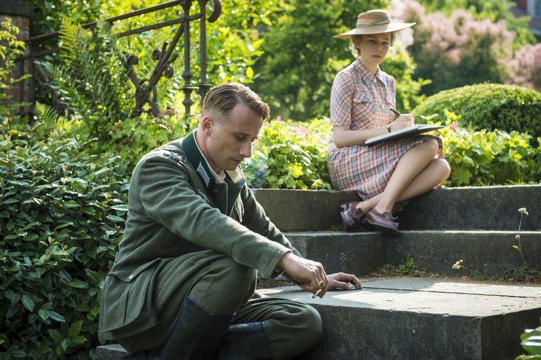 Schoenaerts en Michelle Williams in 'Suite Française'.