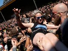 Achter de coulissen: Dynamo Metalfest: Metalheads zijn echte verzamelaars