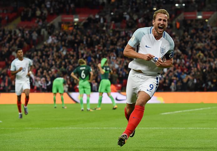 Harry Kane viert zijn winnende goal tegen Slovenië, waarmee Engeland zich plaatste voor het WK 2018.