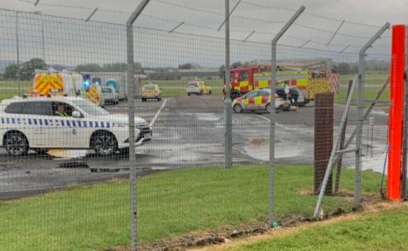 Op de luchthaven van Glasgow werd alarm geslagen na de vondst van een verdacht pakketje in een KLM-vliegtuig.