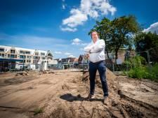 Boot met stenen uit Vietnam is te laat: nu zitten winkeliers in Bilthoven nog maanden met een opengebroken straat