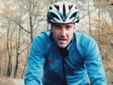 Hijgen met een zachte 'g': Robbert uit Hasselt doet mee aan triatlon in Maastricht