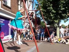 Drukte tijdens Fantastival in centrum Oss: 'Theater zonder barrière van een gebouw of geld'