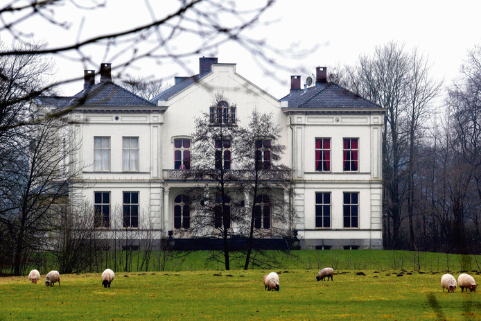 Landgoed Wulperhorst verandert in een luxe verzorgingshuis.